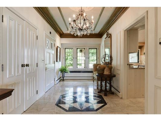 magical lake estate luxury properties