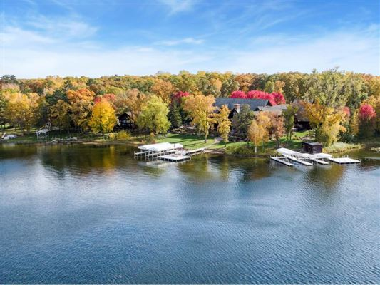 Extraordinary Waterfront Property luxury properties
