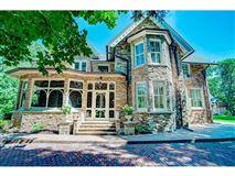 Mansions a historic Victorian mansion