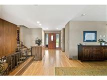 Luxury real estate Spectacular southwest Lake Minnetonka property