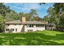 Luxury homes Spectacular southwest Lake Minnetonka property