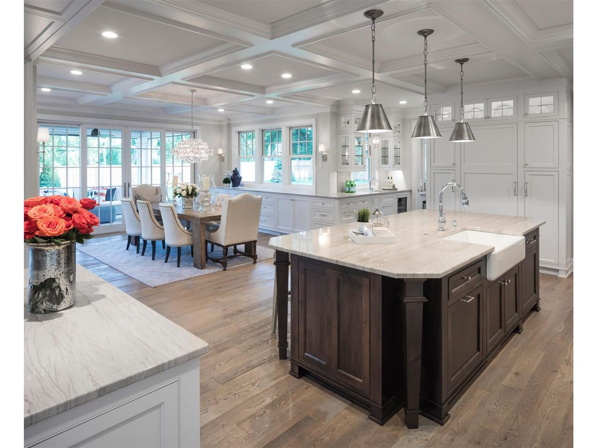 Luxury real estate design and build a home in the Highlands Neighborhood