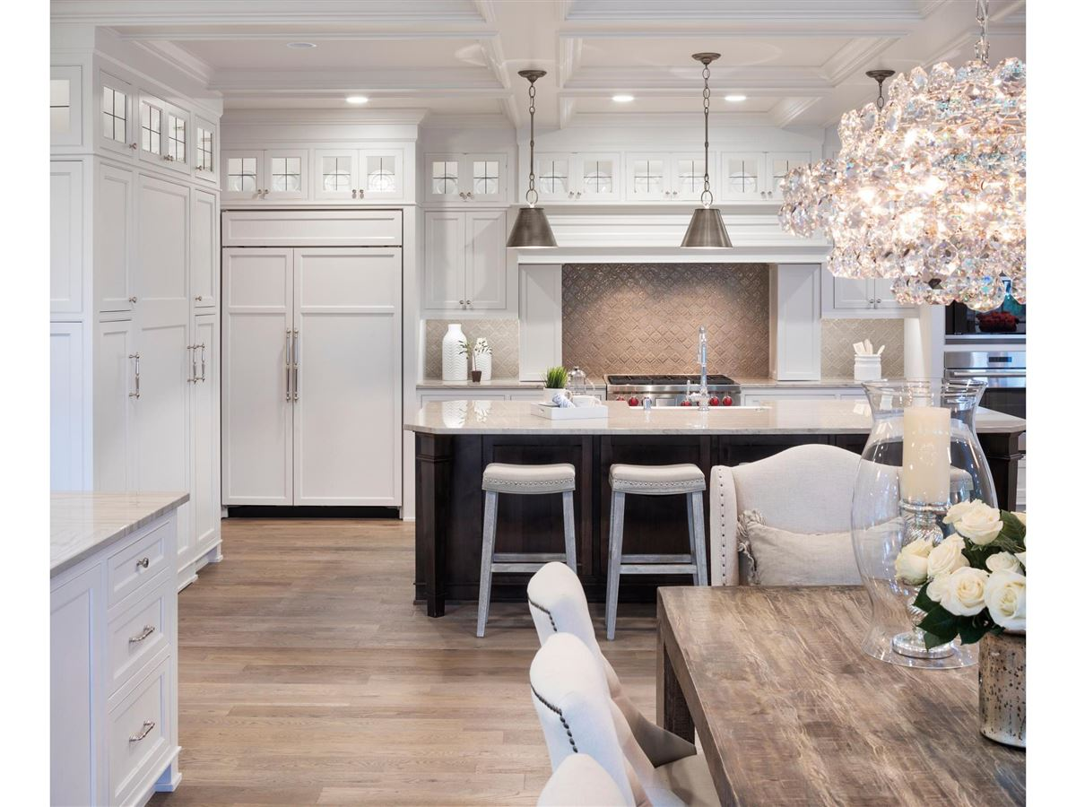 design and build a home in the Highlands Neighborhood luxury real estate
