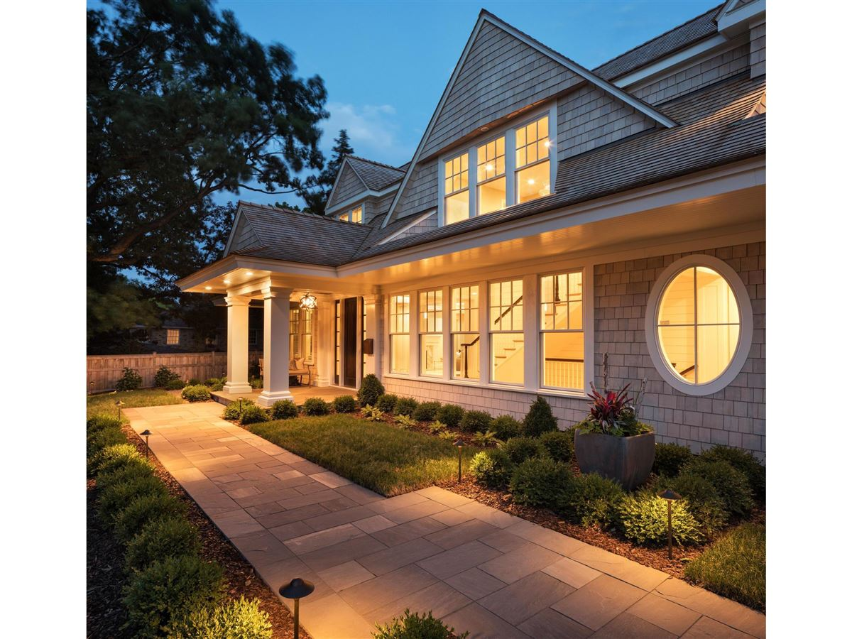 Luxury homes design and build a home in the Highlands Neighborhood