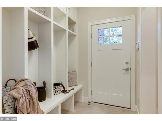 Beautiful SIX bedroom HOme luxury properties