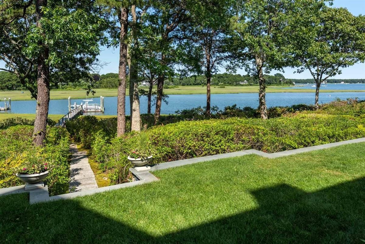 Luxury homes Stunning Waterfront Estate in a Gated Community