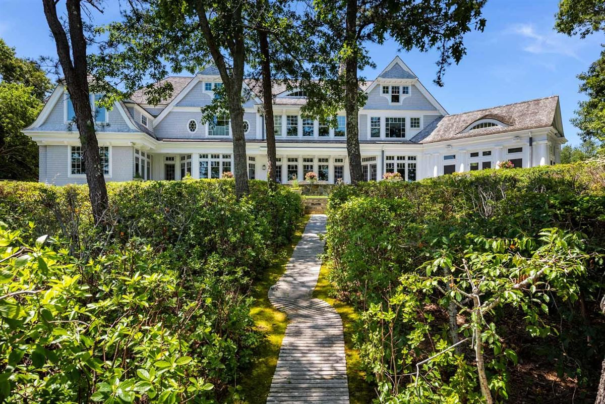 Stunning Waterfront Estate in a Gated Community  luxury homes