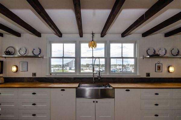 Mansions a hidden waterfront gem