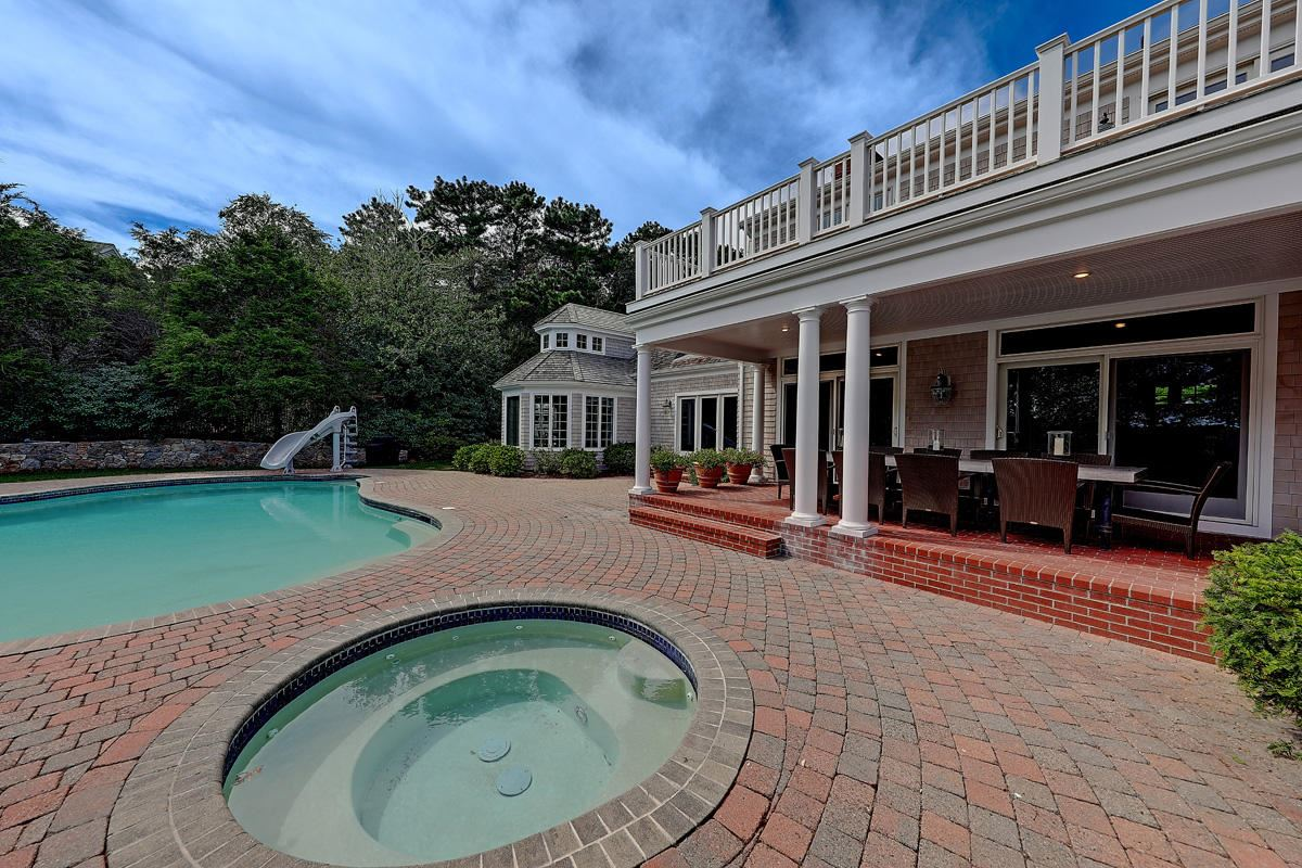 Luxury homes A sublime sanctuary in marstons mills