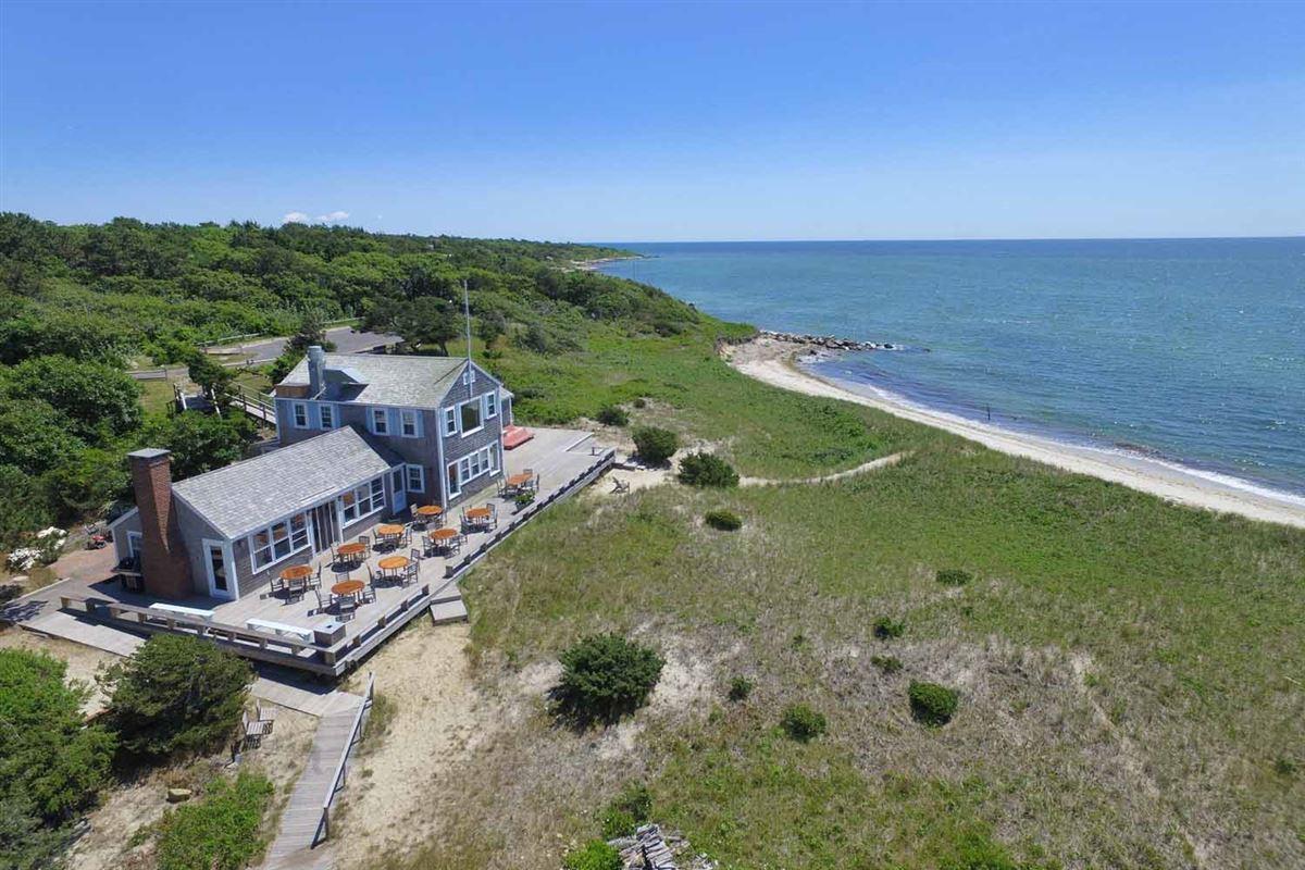 Luxury homes extraordinary oceanfront residence