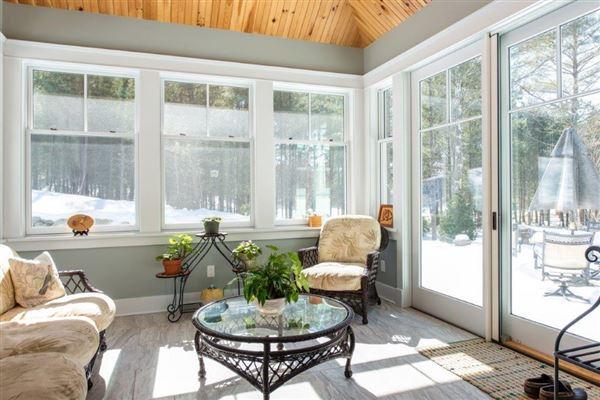 Luxury real estate beautiful contemporary Farmhouse