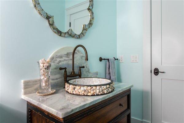 beautiful contemporary Farmhouse luxury real estate