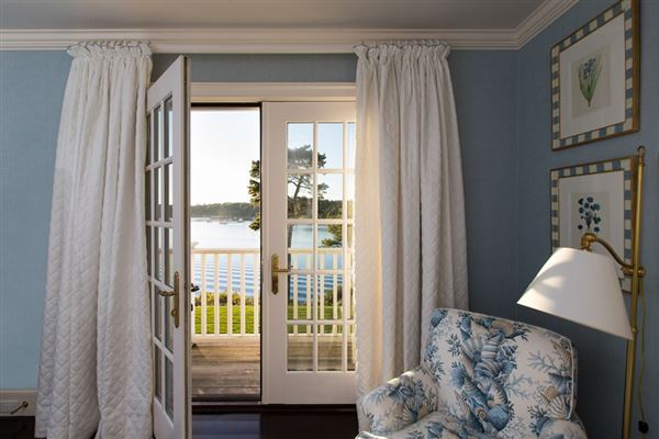 Luxury properties stunning traditional waterfront estate