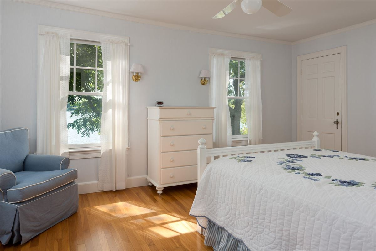 Mansions gracious Cotuit Bay waterfront estate