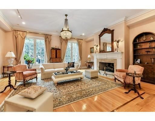 Luxury homes an elegant home on quintessential chestnut street