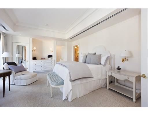 Luxury properties large unit in The residences at the Mandarin
