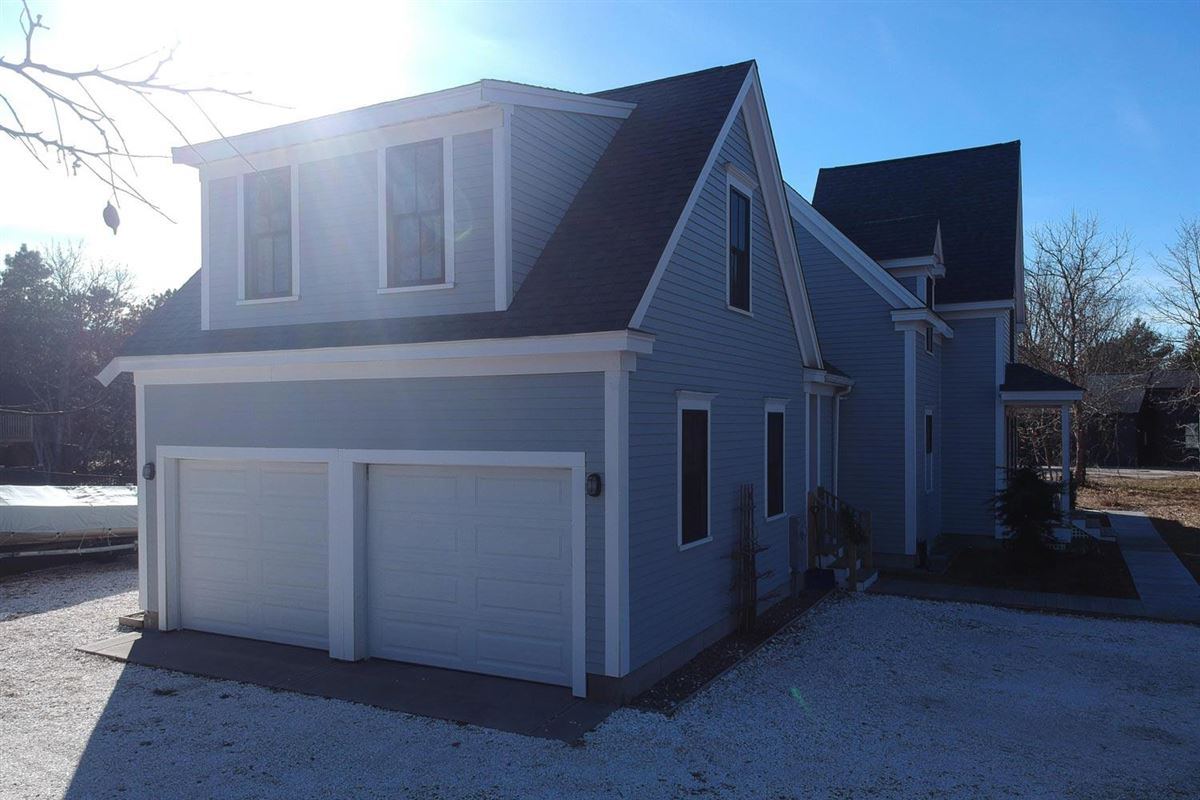 Paradise in North Truro luxury homes