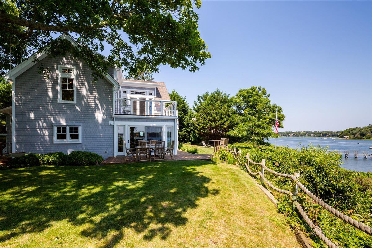 classic coastal elegance luxury real estate