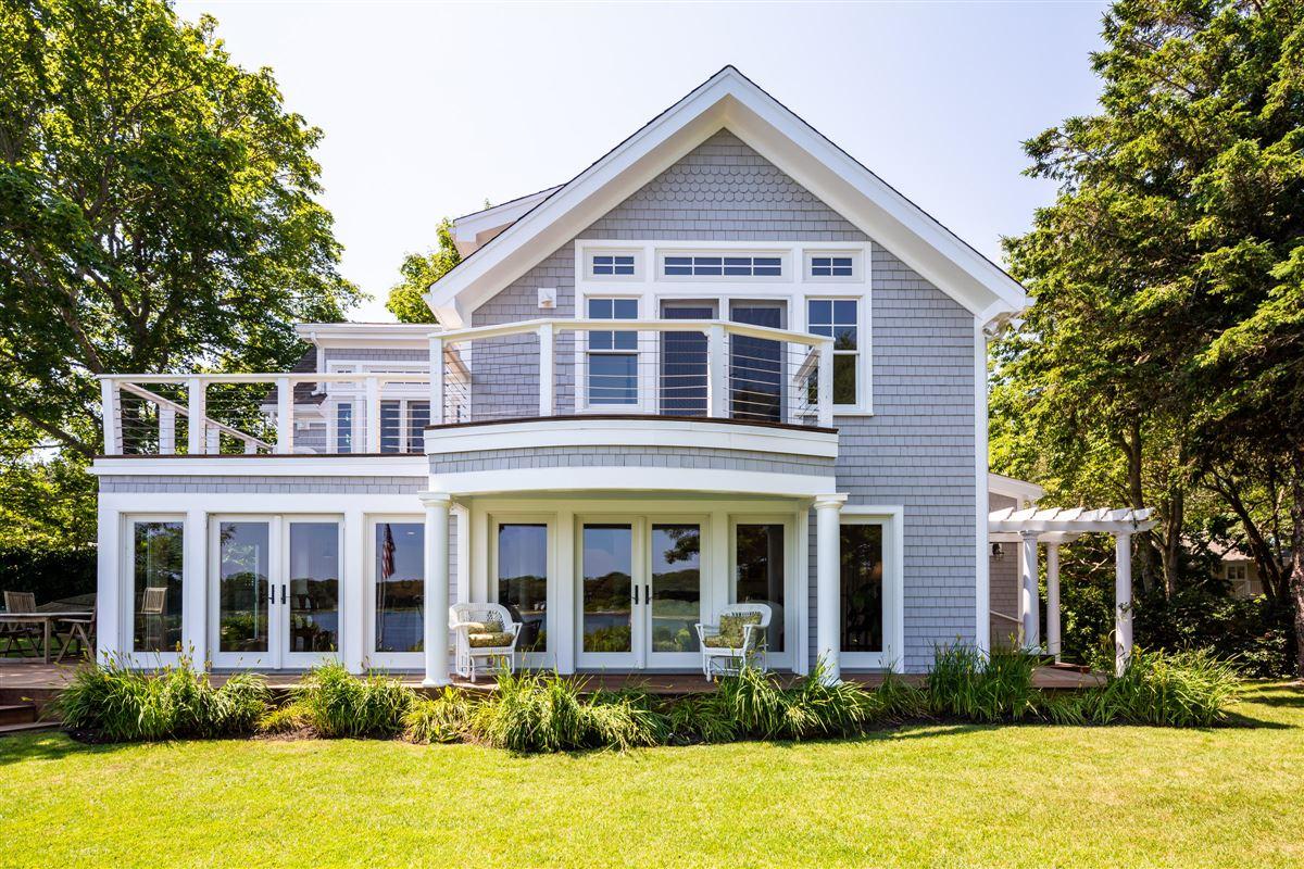 classic coastal elegance luxury properties