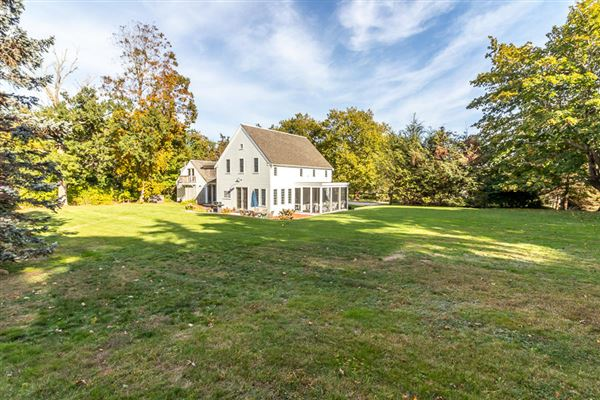 Luxury homes in a wonderful blend of history, sophistication and coastal styling in massachusetts