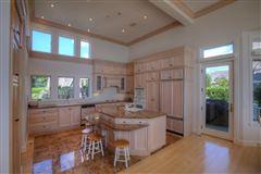 elegant beachfront property mansions