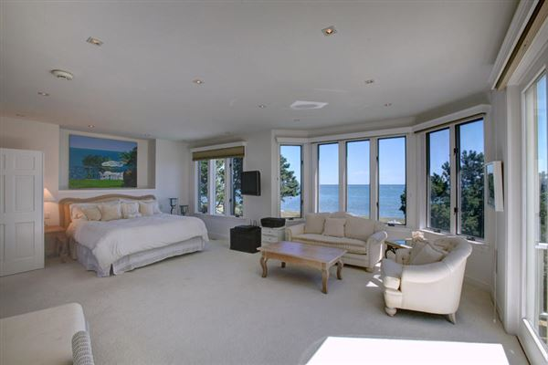 Luxury homes in elegant beachfront property