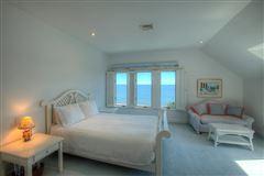 elegant beachfront property luxury homes