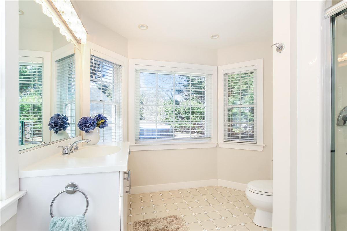 Luxury homes Fabulous Nauset Heights Beach home