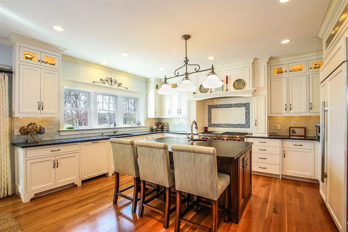 Luxury properties Masterfully planned waterfront estate in mashpee