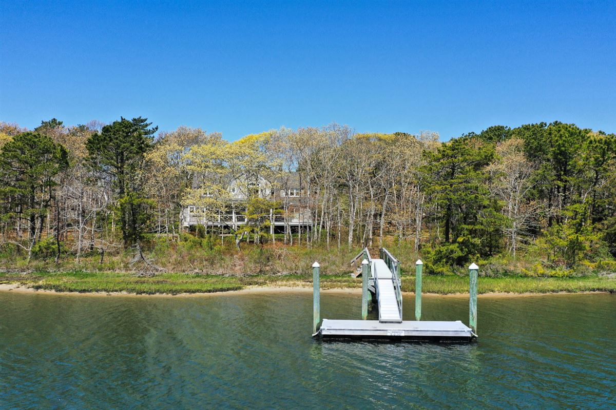 Masterfully planned waterfront estate in mashpee mansions