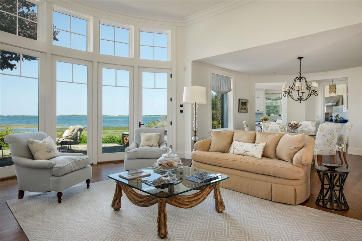 serene and sophisticated waterfront residence luxury homes