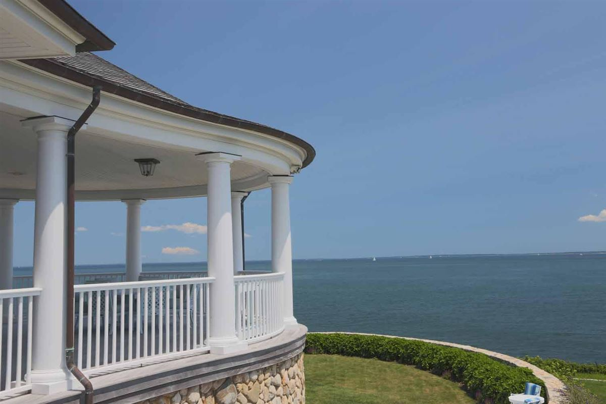 Luxury properties Seapoint in dartmouth