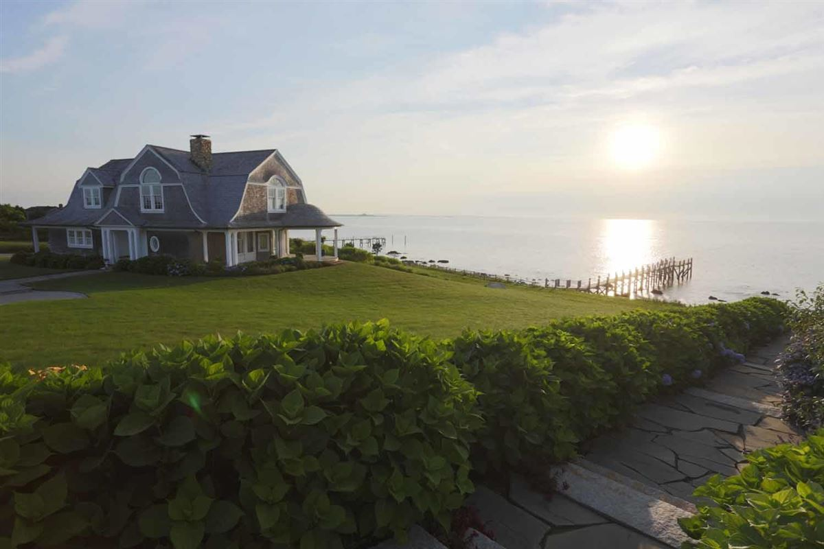 Luxury homes Seapoint in dartmouth