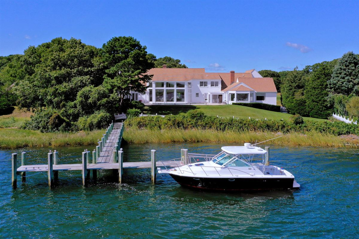 Luxury real estate Luxury living in private gated oyster harbors