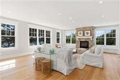 sophisticated coastal cape luxury living luxury homes