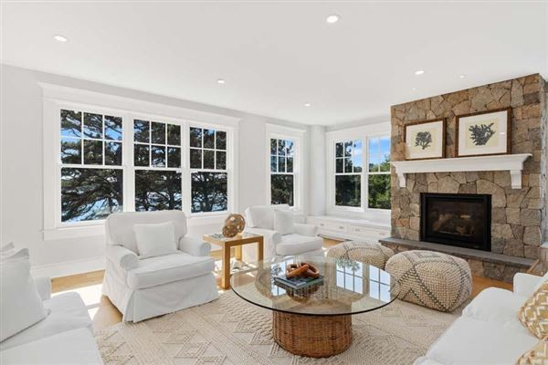 sophisticated coastal cape luxury living luxury properties