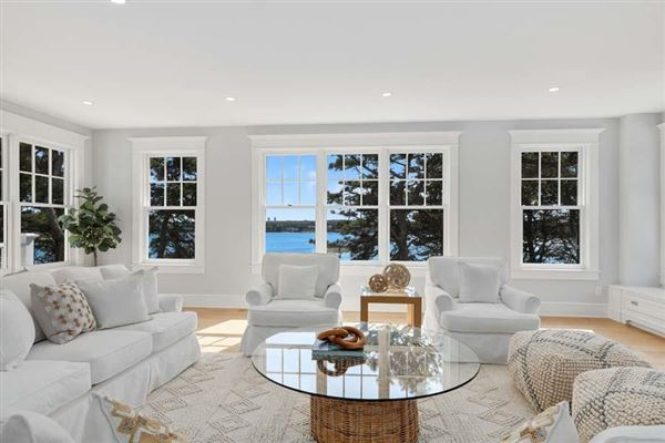 sophisticated coastal cape luxury living mansions