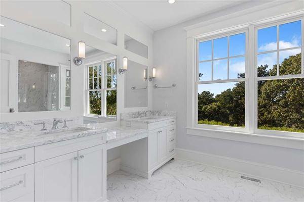 Luxury homes sophisticated coastal cape luxury living