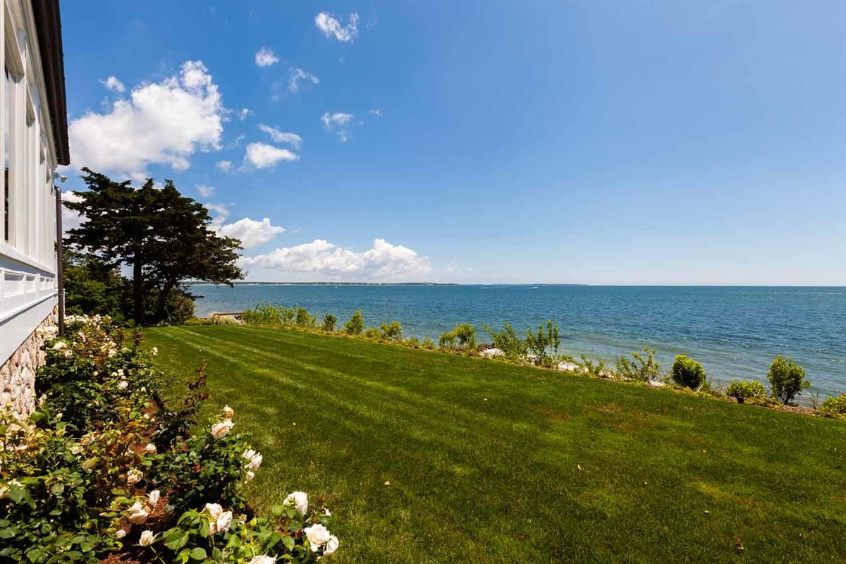 Luxury properties Sea Goddess overlooking nantucket sound