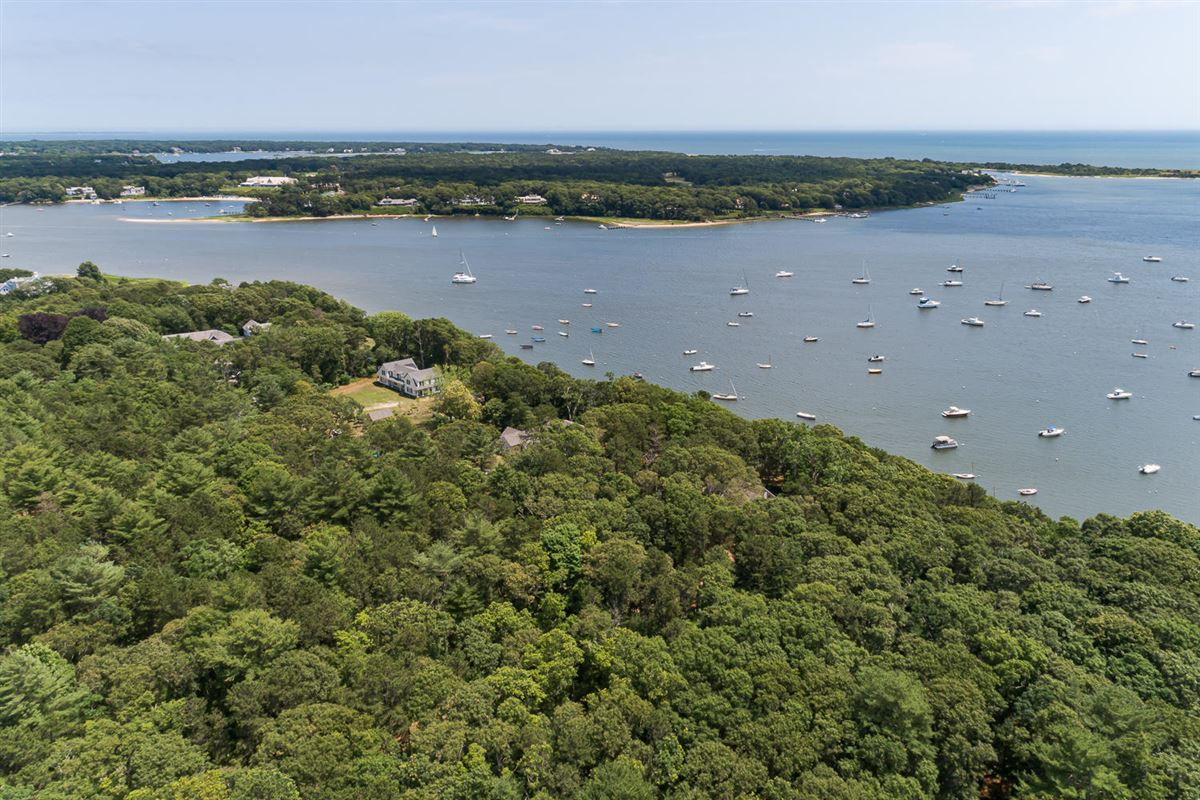 Extraordinary and expansive waterfront parcel luxury properties