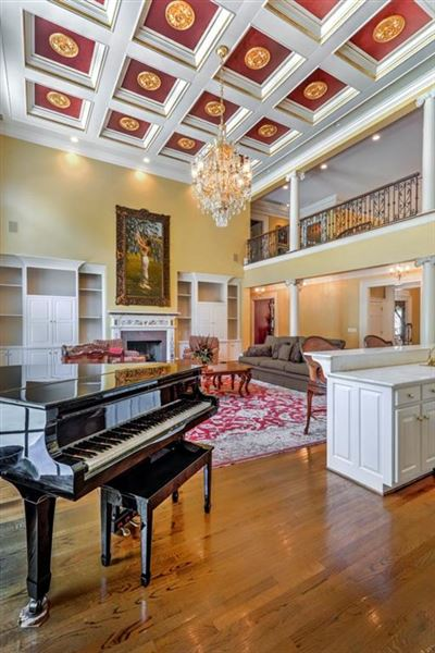 magnificent home on two acres mansions
