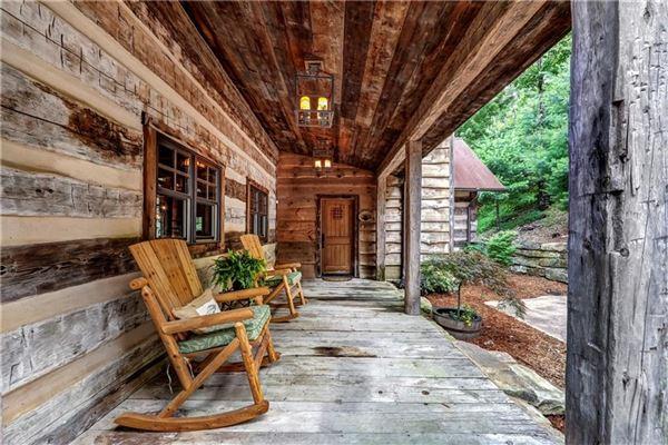 Custom log and timber frame mountain home luxury properties