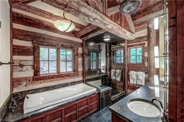Luxury homes Custom log and timber frame mountain home