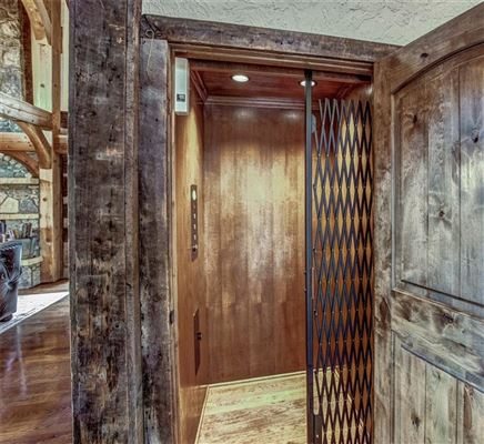 Luxury real estate Custom log and timber frame mountain home