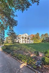 Mansions in Neo-Classical Revival
