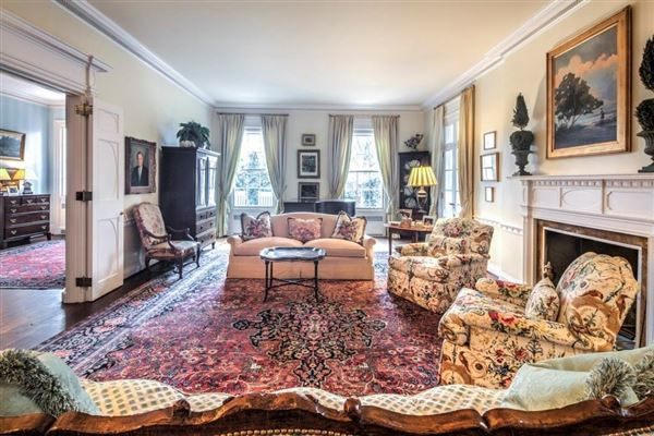 Luxury homes Neo-Classical Revival