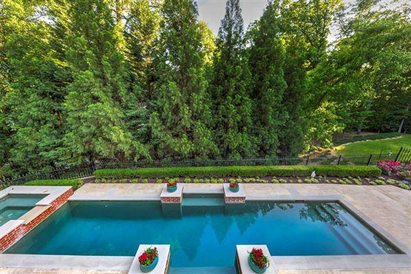 Luxury homes Regency-style estate in atlanta