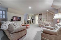 perfect location in tuxedo park luxury properties