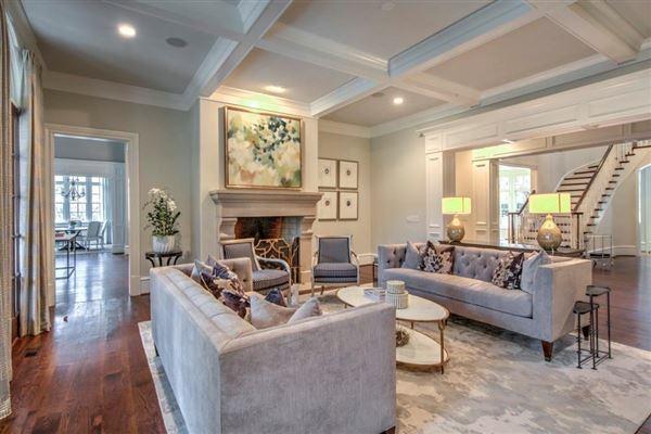 Luxury homes elegant home on gorgeous property
