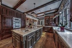 Luxury homes Exquisite estate includes seven fireplaces